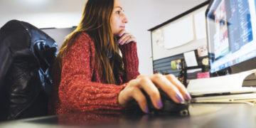 Veja dicas de como ganhar mais como designer gráfico freelancer | Imagem: Twenty20
